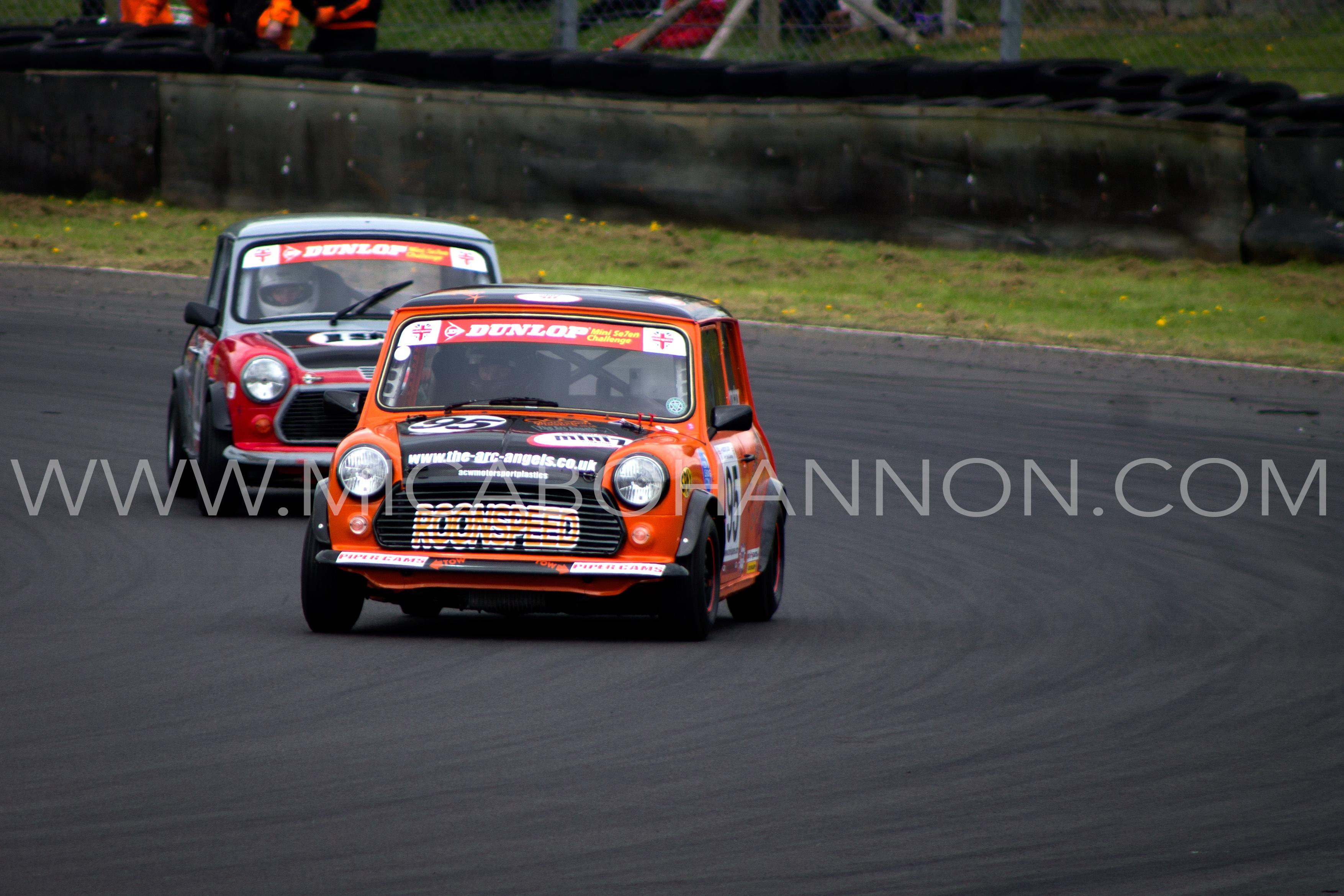 castle combe mini 7 race