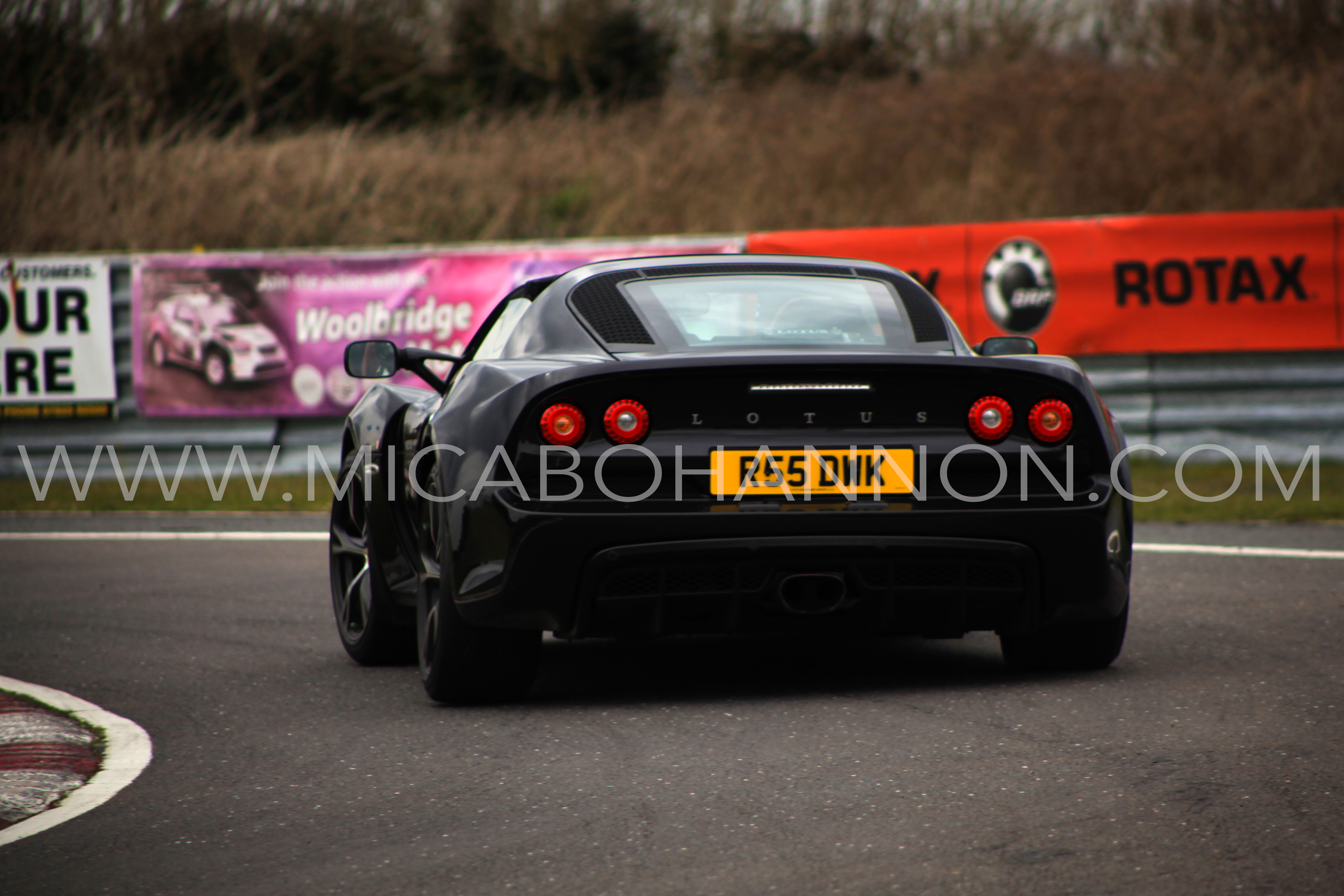 black lotus car racing sprint