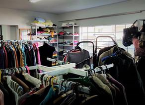 Bazar Santo Antônio disponibiliza agasalhos e cobertores às pessoas em vulnerabilidade de Bento