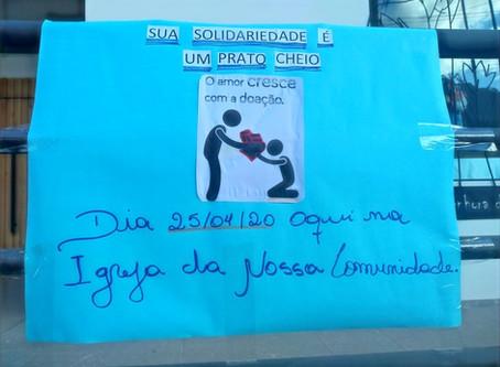 Comunidade do bairro Vila Nova II realiza coleta de alimentos para famílias carentes, em Bento