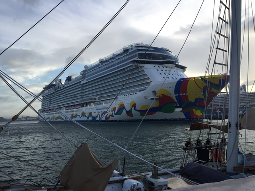 Should You Buy a Cruise Alcohol Beverage Package?