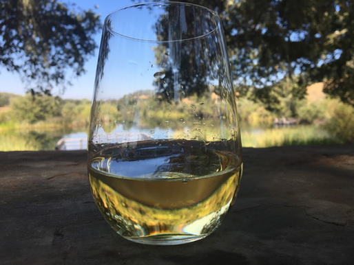 6 Things to Know About Having a Picnic at a Winery