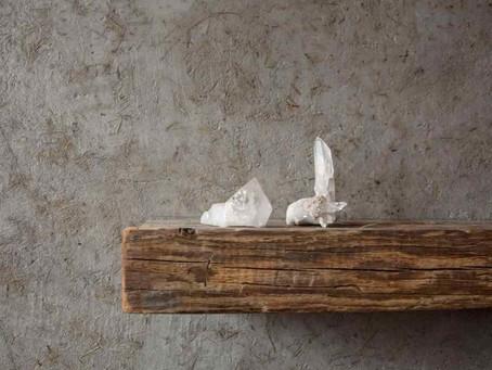 Čistenie kryštálov a energetických kameňov.