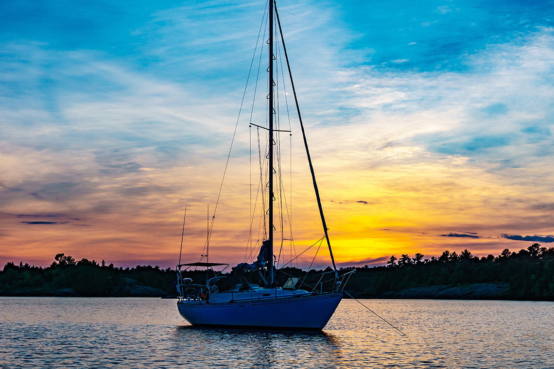 Sailing-boat-sunset-view.jpg