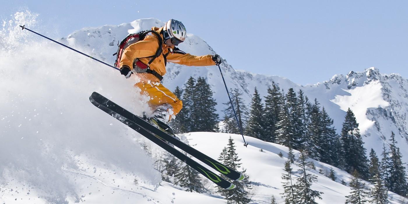 Sci a Cortina