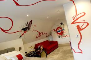 Boy's Graffiti-style Bedroom Design