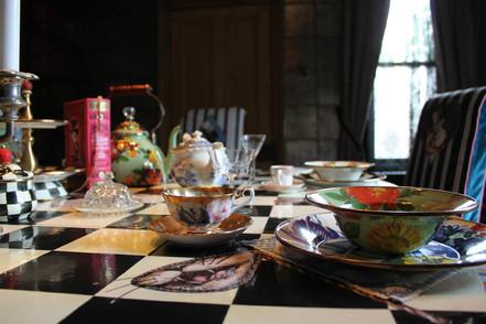 Wonderland Dining Table