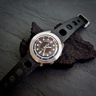 "Lip Nautic - Ski ""From the Shop"" &  Some good notes on divers watches"