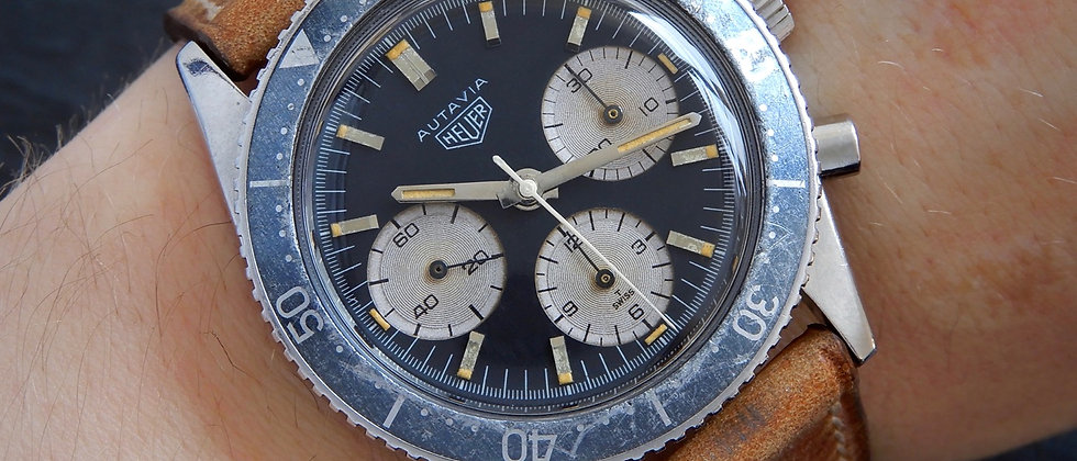 HEUER HF Autavia 2446 Transitional 1966 Tropical Blue Ghost Bezel Valjoux 72