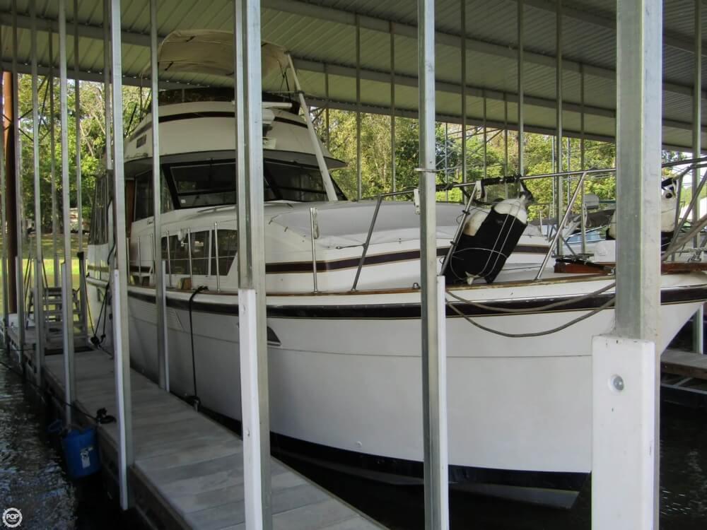 Boat for Sale - 1976 Chris-Craft 410 Commander
