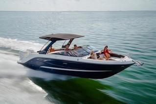 BoatTest.com Sea Ray SLX 310 OB