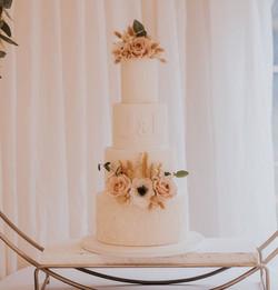 Scandinavian Inspired wedding cake