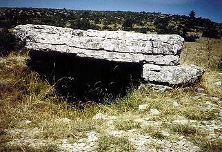 dolmen, vue du dolmen simple 6