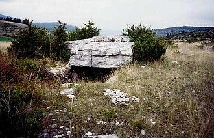 dolmen, vue du dolmen simple 8