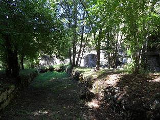 Bief du moulin à côté du gouffre de Cabouy.