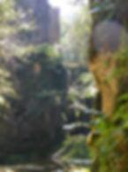 Moulin du Saut dans la vallée de l'Alzou. Vue de la cascade.