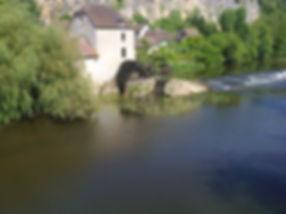 Moulin à aube à Angles sur Anglin.