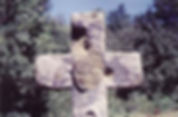 Les énigmes de Morenci, vue de la croix vandalisée