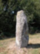mégalithes, menhir, vue d'un menhir gravé
