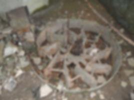 Moulin à trubines de Tournefeuille. Vue rapprochée d'une turbine.