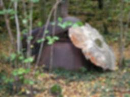 Fragments de marmite de charbonnier, marmite pour fabriquer du charbon de bois.