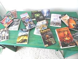Photo de quelques livres et revues où nos textes sont publiés.