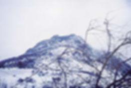 Le château de Montségur sous la neige.