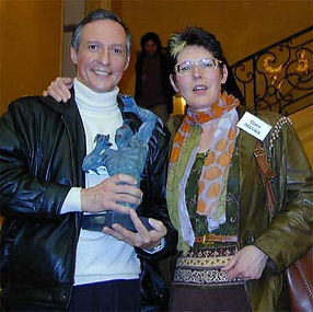 Photo de la remise du prix littéraire Alain Dorémieux 2000.