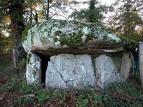 dolmen, vue du dolmen simple 7