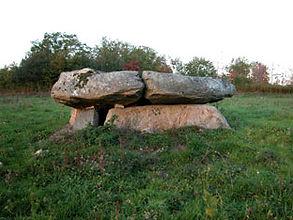 dolmen, vue du dolmen simple 5