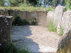 dolmen, cella, chambre mortuaire du dolmen