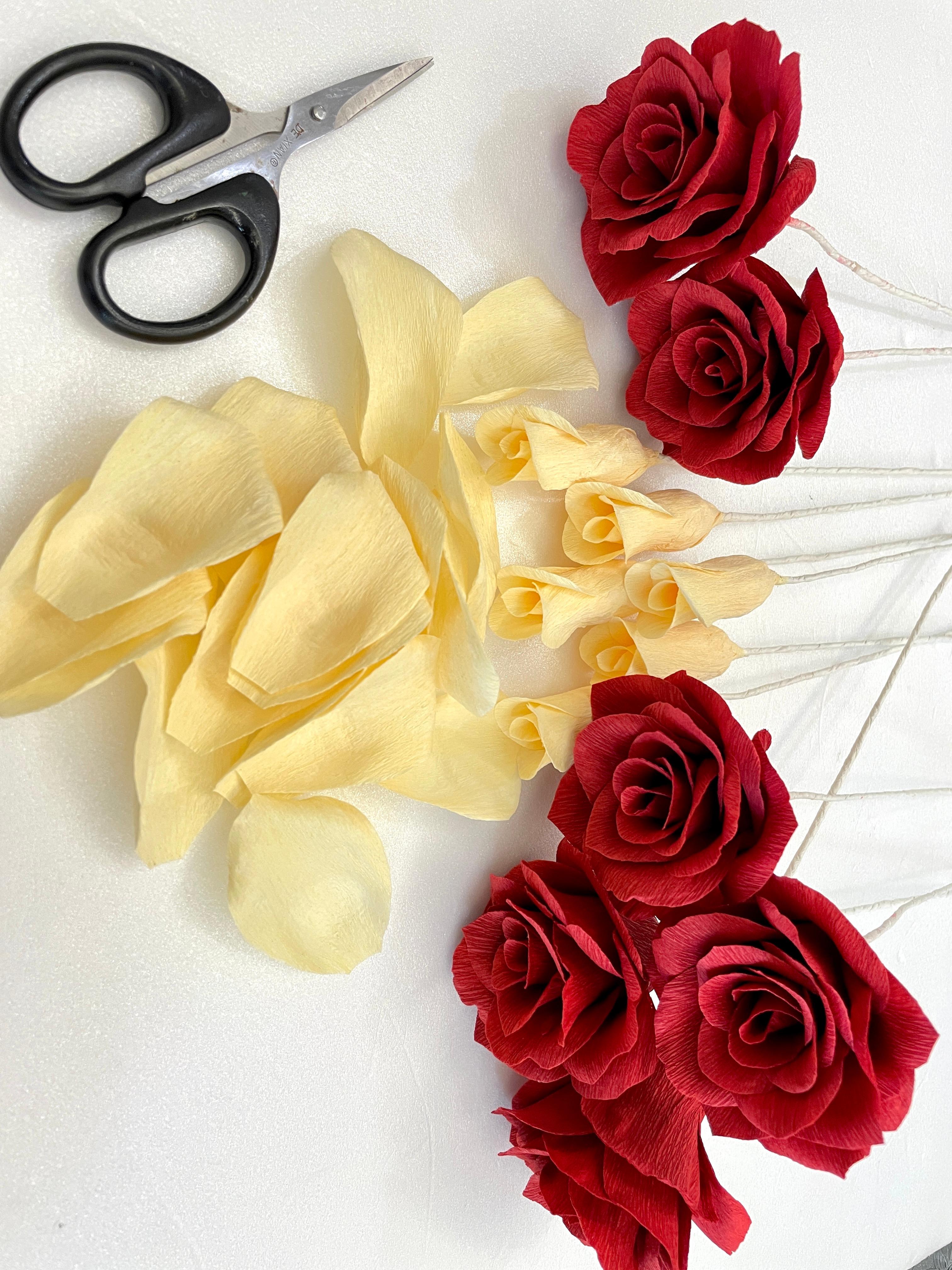 Workshop for crepe paper Roses
