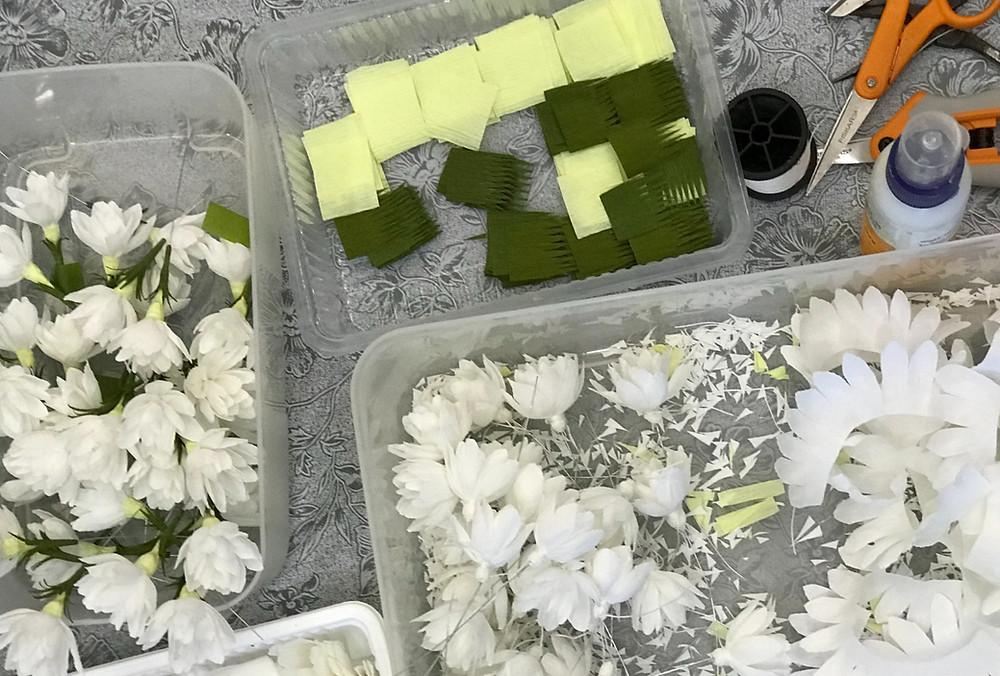 The Art of making paper jasmine flowers!