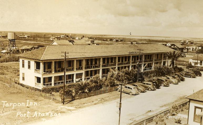 1940's Tarpon Inn.jpg