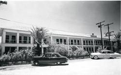 1950's Tarpon Inn Side View.jpg