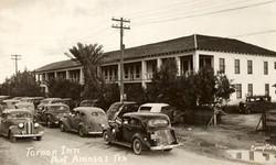 1930's Tarpon Inn Side View.jpg