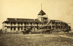 1920's Tarpon Inn.jpg