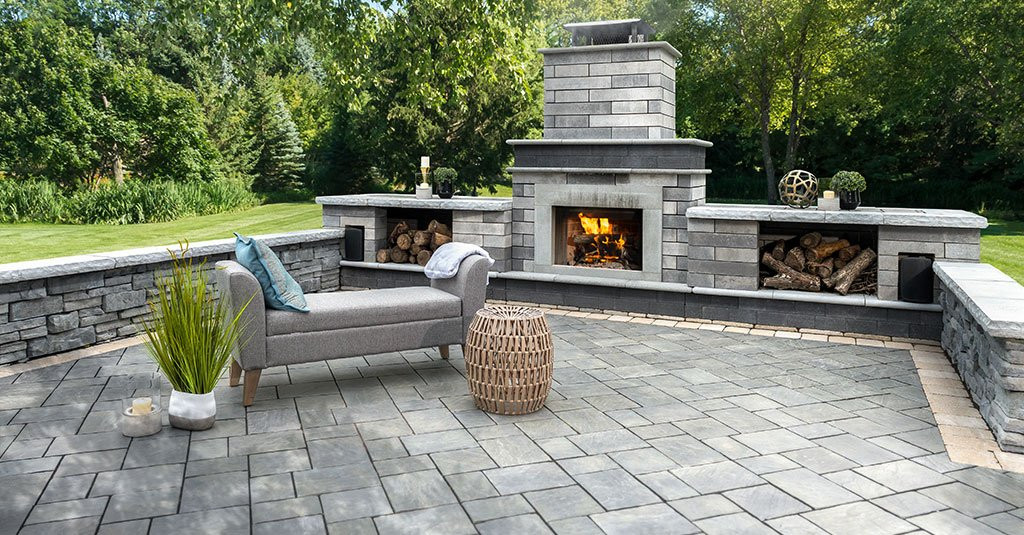 richcliff-patio-with-fireplace.52a228cc4