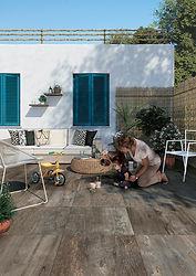 mirage_vente_privee_noon_outdoor_nn02_we