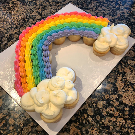 Cupcake rainbow pull-apart