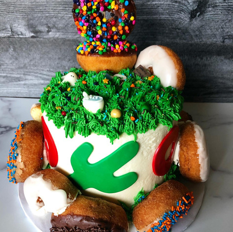 "Phish ""lawn boy"" cake"