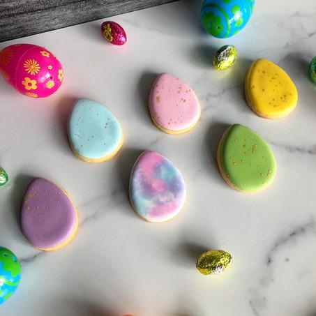 Easter egg mini cookies