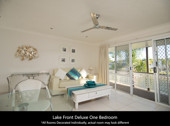 Lake Front Deluxe One Bedroom