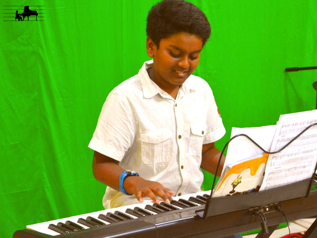 Subhash performs 'Allegro' from Trinity'