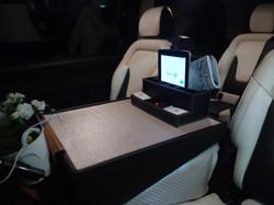 Minivan Executive V 2017 Personalizada (3)