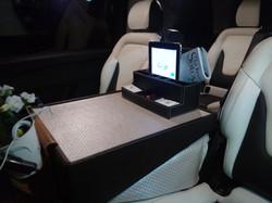 Minivan Executive V 2017 Personalizada (4)