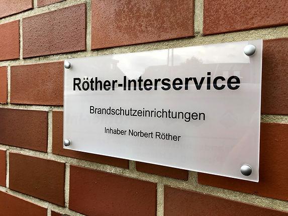 Röther-Interservice_Schild.jpg
