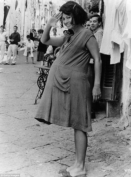 maternity wear blog.jpg