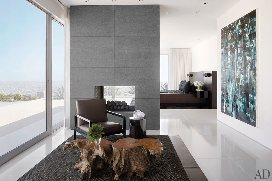 item9.rendition.slideshowHorizontal.james-magni-design-beverly-hills-home-10-bed