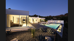 Modern Style Home Beverly Hills